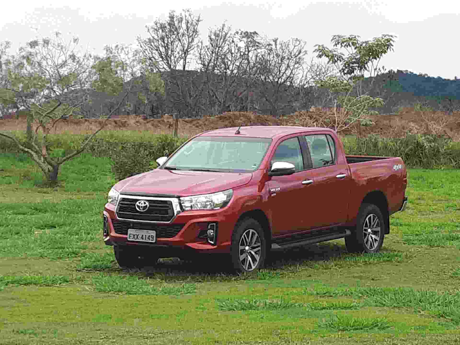 Toyota Hilux SRV Flex - Vitor Matsubara/UOL