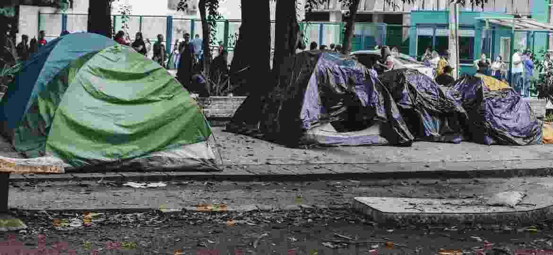 Fãs de BTS começaram a acampar no Allianz Parque, em São Paulo, no dia 18 de fevereiro - Carine Wallauer/UOL