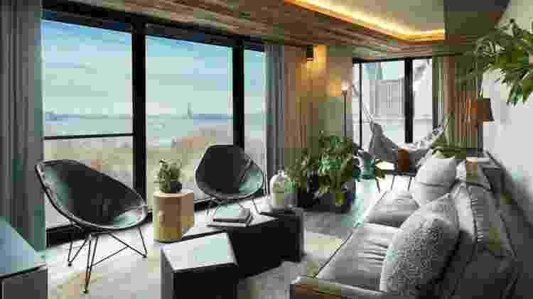 Chave de madeira reciclada, filtro de água nos quartos e espaço para comércio de produtos locais noas unidades da rede 1 Hotels - Reprodução  - Reprodução