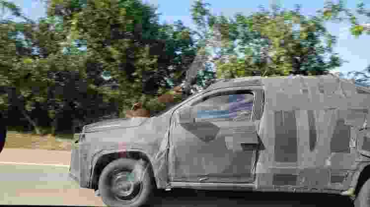 Picape ainda roda com camuflagem pesada em testes - Felipe Xavier/Arquivo Pessoal