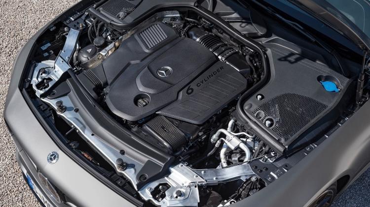 Motor seis cilindros da Mercedes-Benz - Divulgação - Divulgação
