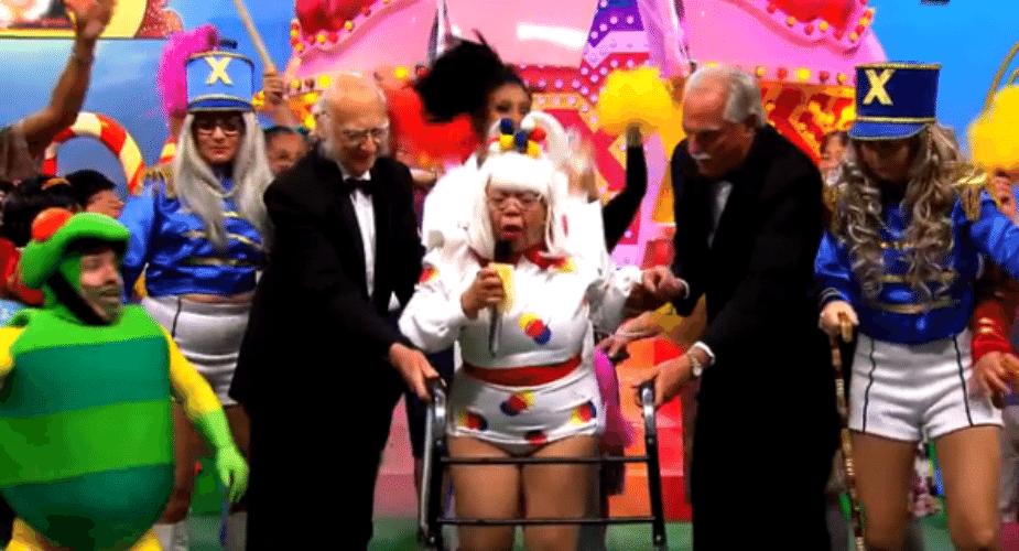 13.set.2015 - Silvio Santos exibiu em seu programa na noite deste domingo (13