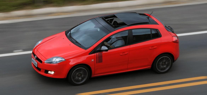 Fiat Bravo Sporting é um dos modelos envolvidos no chamado - Murilo Góes/UOL