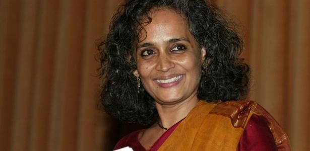 A escritora indiana Arundhati Roy, em foto de 2008 - Hocine Zaourar/AFP Photo