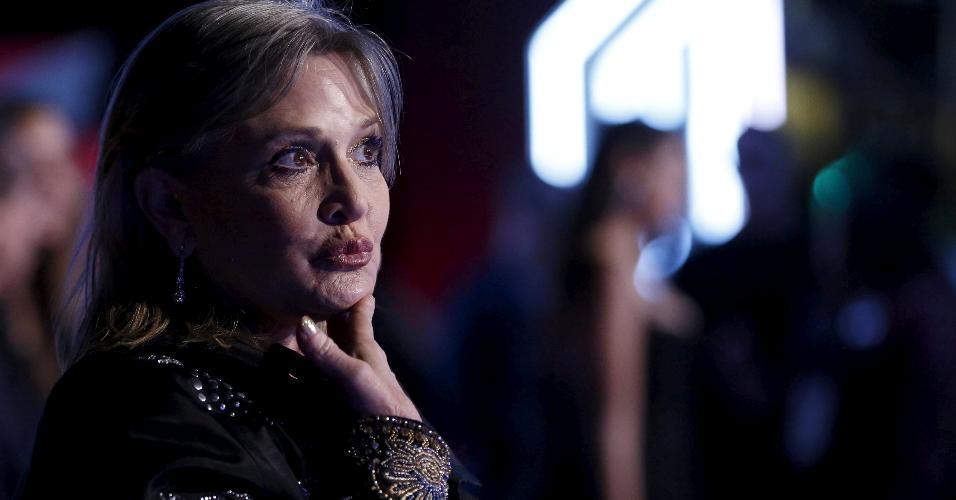 "Carrie Fisher na premiere de ""Star Wars: O Despertar da Força"", em 2015"