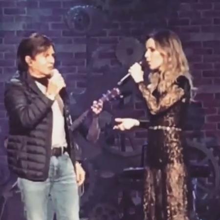 Sandy canta junto com o pai Xororó em show em Juiz de Fora - Reprodução