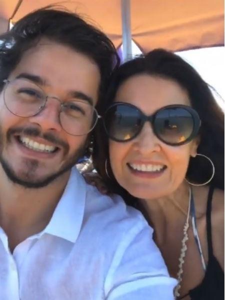 Túlio Gadêlha e Fátima Bernardes aproveitam passeio romântico em Porto de Galinhas - Reprodução/Instagram
