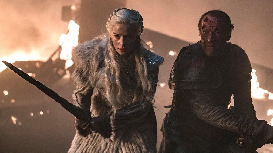 """Daenerys (Emilia Clarke) e Jorah (Iain Glen) em """"Game of Thrones"""" - Divulgação/IMDb"""