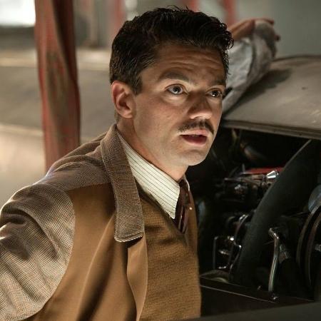 Dominic Cooper como Howard Stark - Divulgação