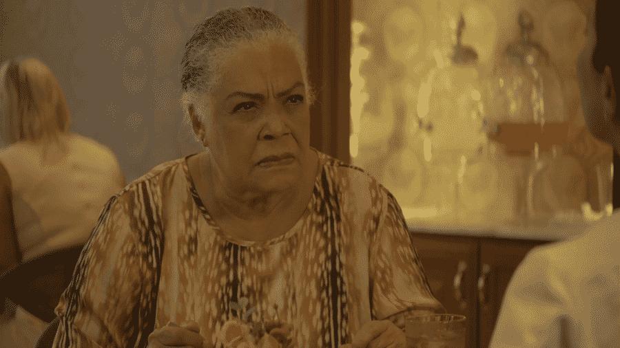 Dona Céu (Dja Marthins) é a melhor personagem de A Dona do Pedaço - Reprodução/Globo