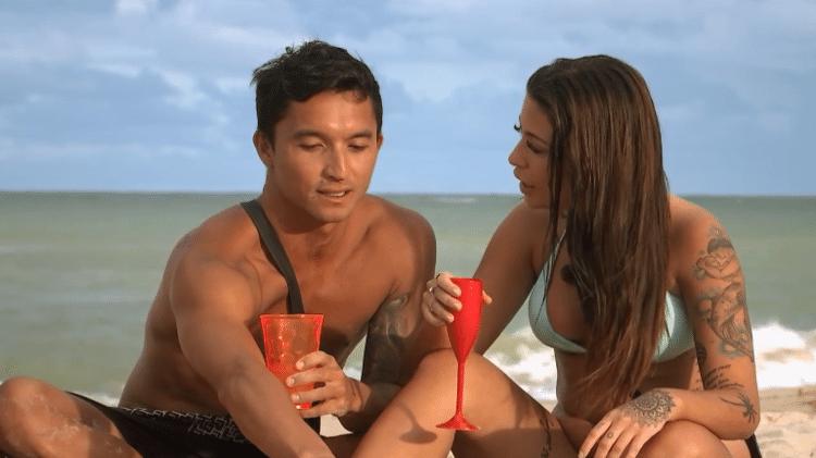 Flávio Nakagima com a ex, Gabi, no De Férias com o Ex - Divulgação/MTV Brasil