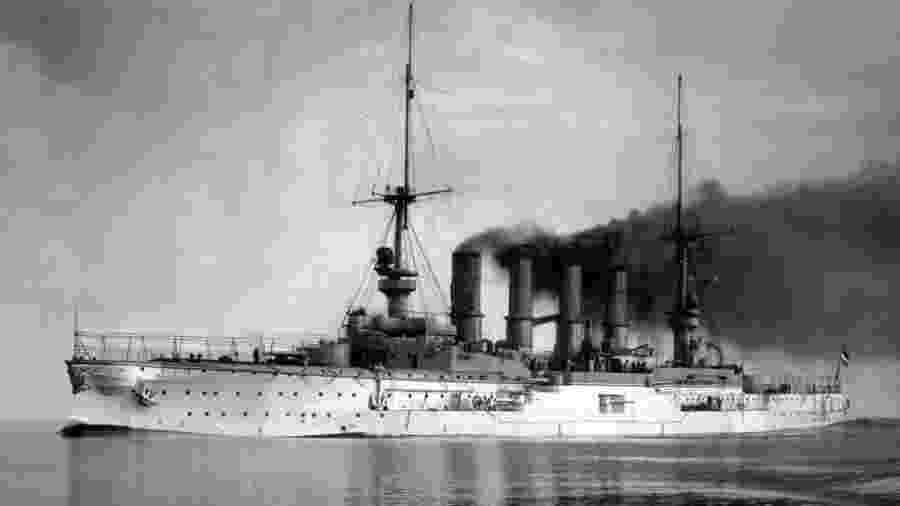 O SMS Scharnhorst foi o carro-chefe da esquadra da Ásia Oriental, a única formação naval permanente da Alemanha - Falklands Maritime Heritage Trust/TVT productions