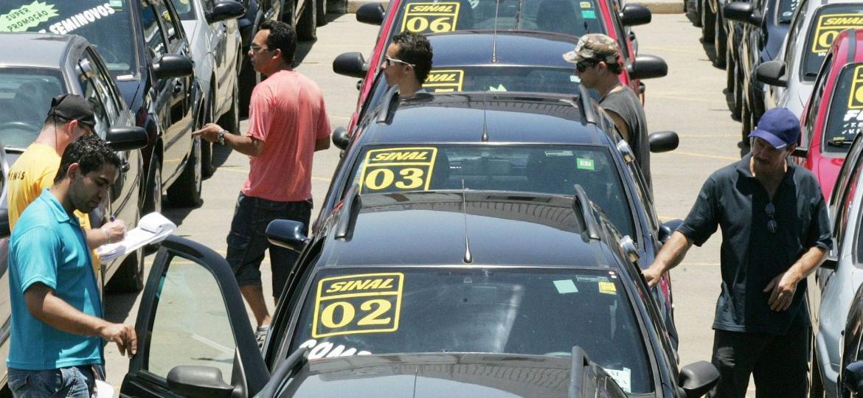 Carro usado: 10 dicas para escolher direito - Divulgação