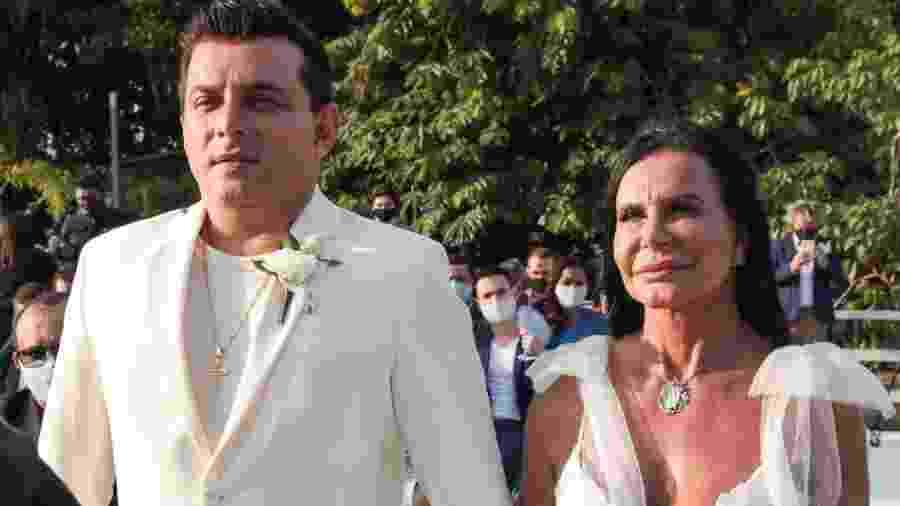Gretchen e Esdras Souza no casamento deles, no fim de setembro - MARCOS RIBAS/BRAZIL NEWS