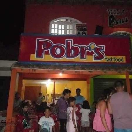 """Fachada da rede de fast food Pobr""""s - Facebook/Reprodução"""