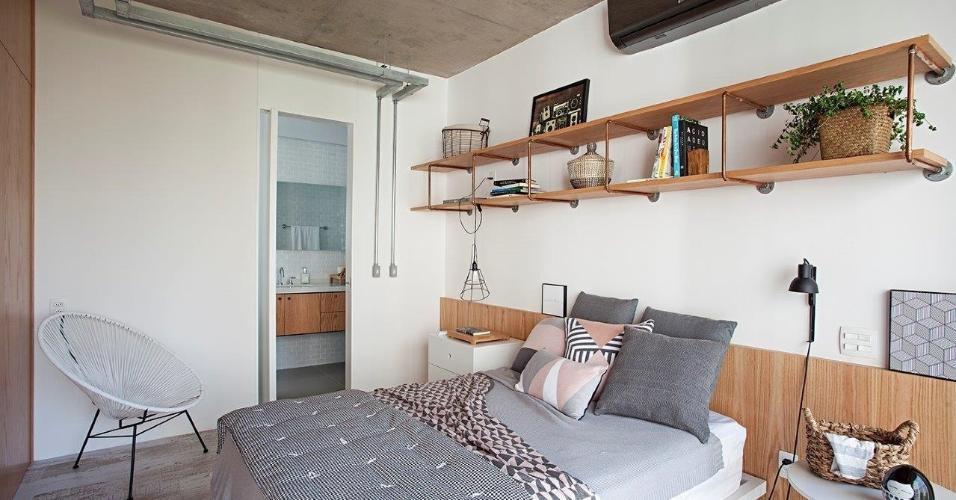 No projeto da Casa 100 Arquitetura, o estilo escandinavo, conhecido pela leveza visual, ajuda a tornar o quarto mais arejado