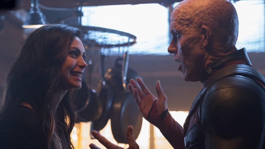 """Vanessa (Morena Baccarin) e Wade Wilson (Ryan Reynolds) em cena de """"Deadpool 2"""" - Divulgação"""
