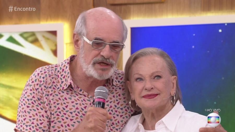 """Marcos Caruso e Elizabeth Hartmann no """"Encontro"""" - Reprodução/Globo"""