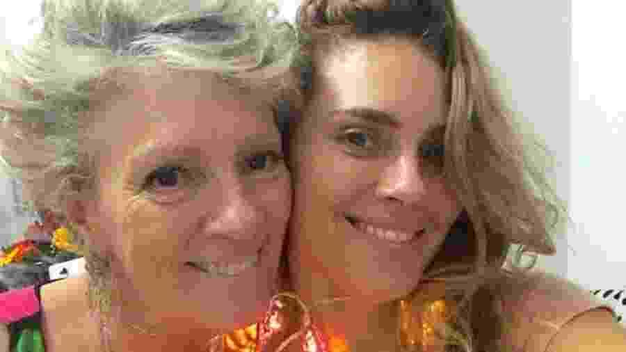 Carolina Dieckmann com a mãe, Maíra - Reprodução/Instagram