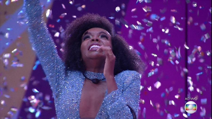 """Thelma, a campeã do """"BBB 20"""", conta que colocou o vestido azul na bolsa mirando a final do reality - Reprodução/Globo"""