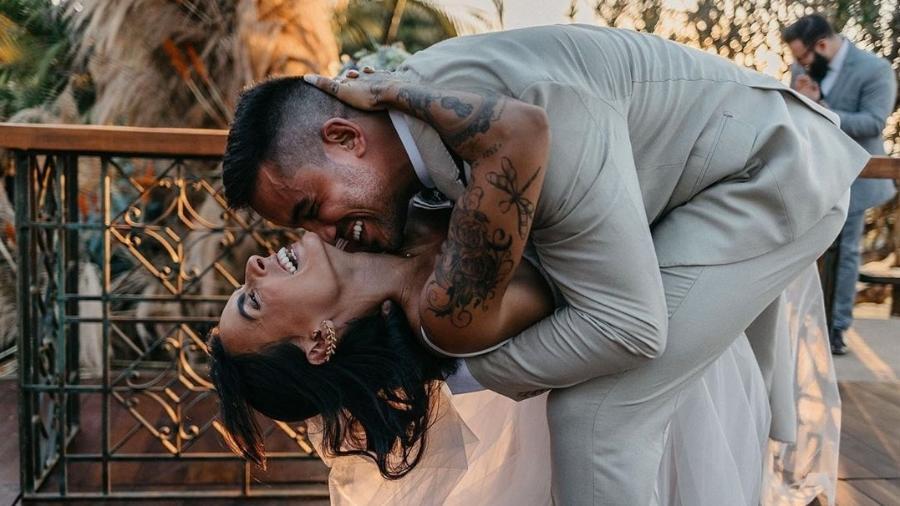 Clara Maia e André Coelho se casaram em cerimônia intimista - Reprodução/Instagram