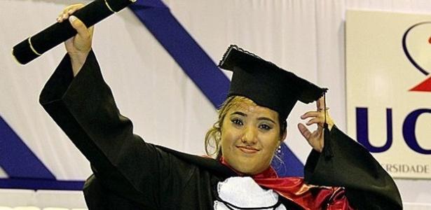 Ana se formou em jornalismo para ser porta-voz da microcefalia - Arquivo pessoal