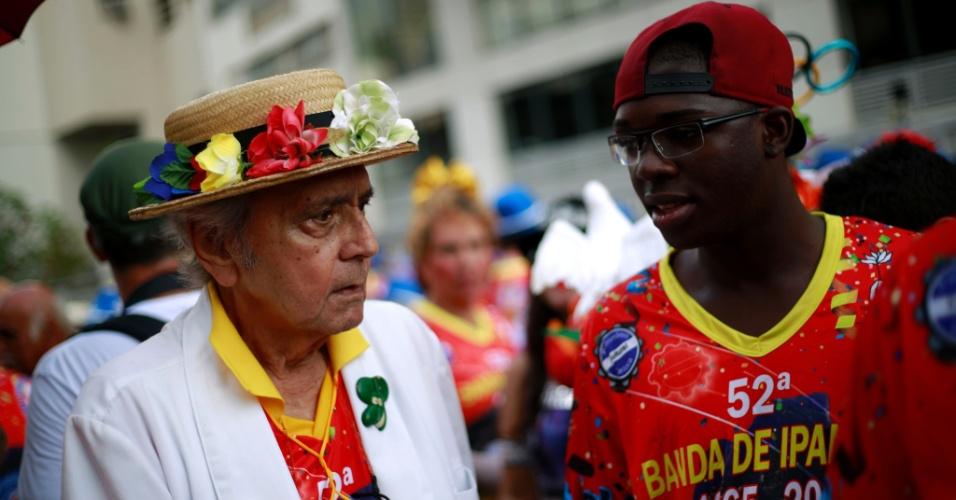 6.fev.2016 - Fundada em 1965, a Banda de Ipanema reúne foliões de todas as idades na zona sul do Rio