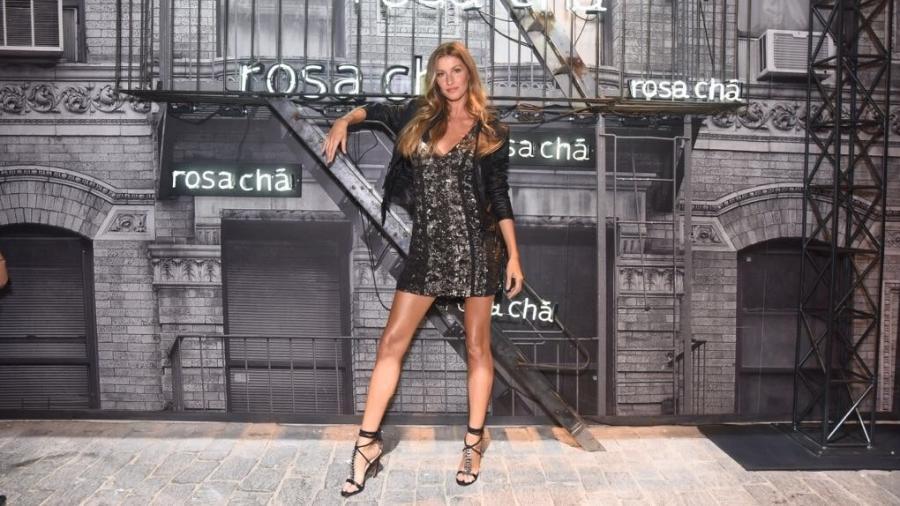 Gisele Bundchen participa de evento de moda em São Paulo nesta quarta - Divulgação