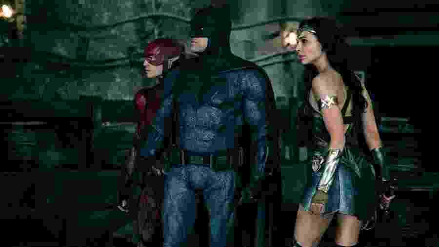 "Cena de ""Liga da Justiça"" - Clay Enos/Warner Bros."
