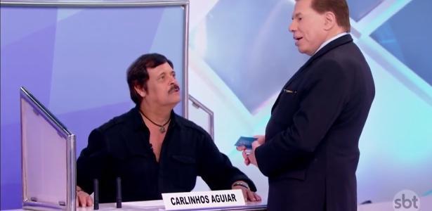 """Carlinhos Aguiar conversa com Silvio Santos no """"Jogo dos Pontinhos"""""""