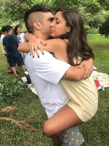 """Caio Castro e a namorada, Mariana d""""Ávila - Reprodução/Instagram"""