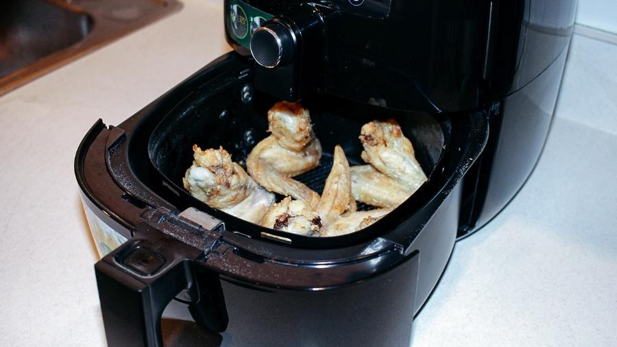 Fritadeira a ar é queridinha dos brasileiro. Mas como funciona? - iStock
