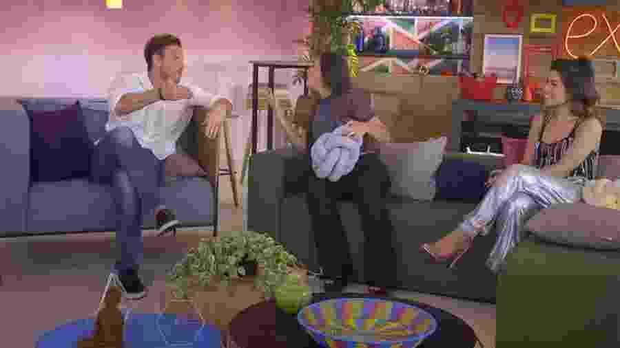 """Vini e Mylena discutem durante as gravações do """"De Férias com o Ex"""" - Reprodução/MTV"""
