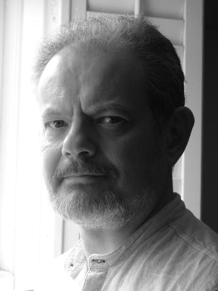 O escritor Jeremy Dronfield  - Reprodução