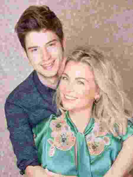 Ludwika Paleta e seu filho Nicolas - Reprodução/Instagram