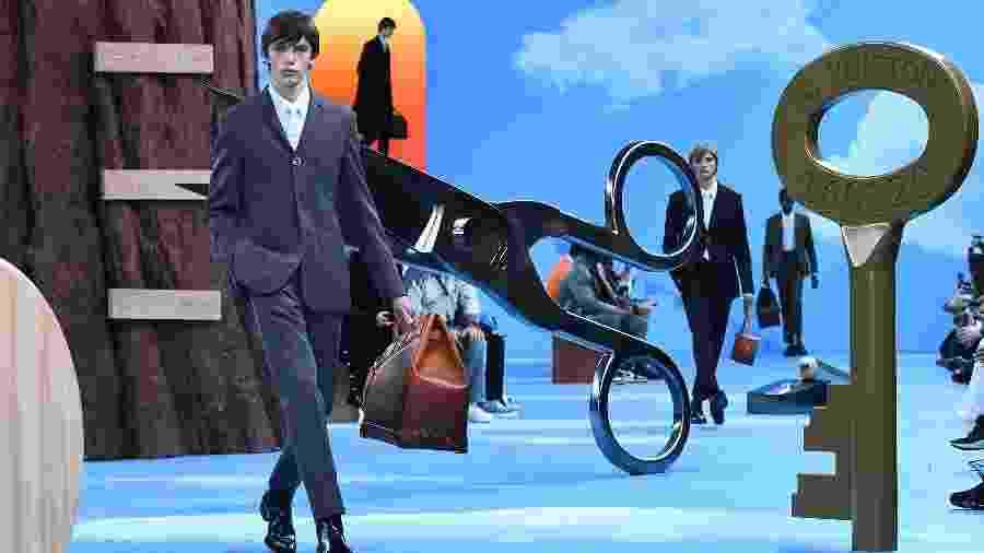 Desfile da coleção outono-inverno 2020/2021 da Louis Vuitton, em Paris - Anne-Christine POUJOULAT / AFP