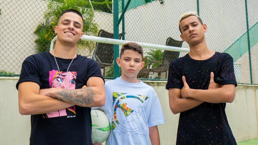 Arthur Santos Fernandes, o Thurzin (meio), tem apenas 13 anos e vai integrar o time LOUD - Divulgação/LOUD
