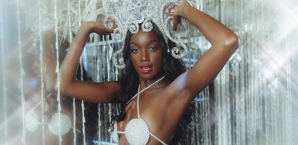 Fantasia de sereia | Iza chama fãs para ensaio na Imperatriz Leopoldinense