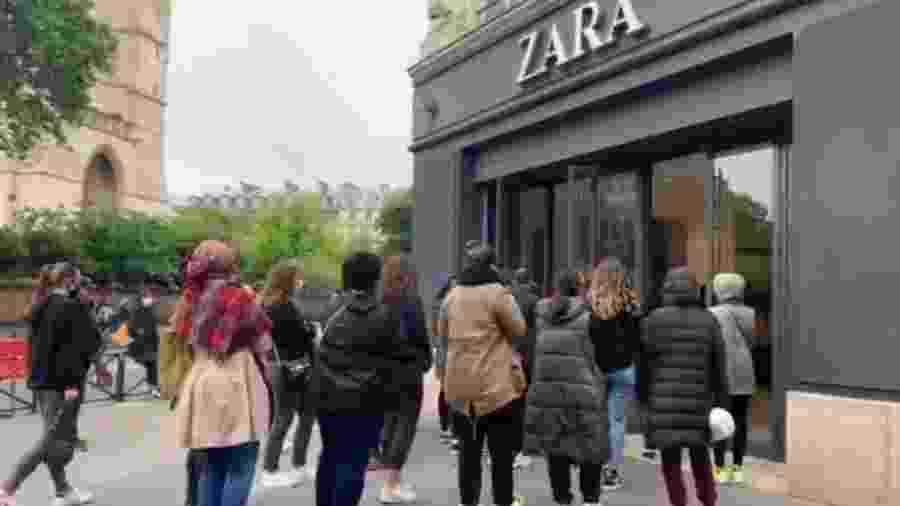 Lojas da Zara têm fila de pessoas no início da flexibilização da quarentena na França - Reprodução/Twitter