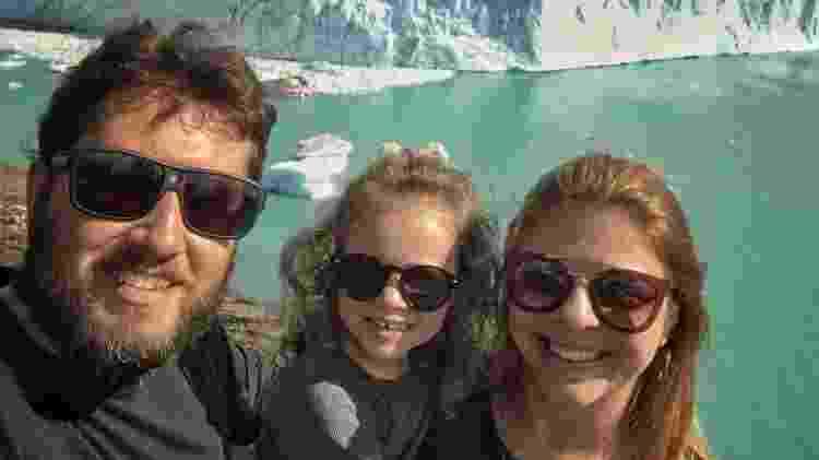 Doglas, Luene e Maria Clara, na geleira Perito Moreno, na Patagônia Argentina - Arquivo pessoal - Arquivo pessoal