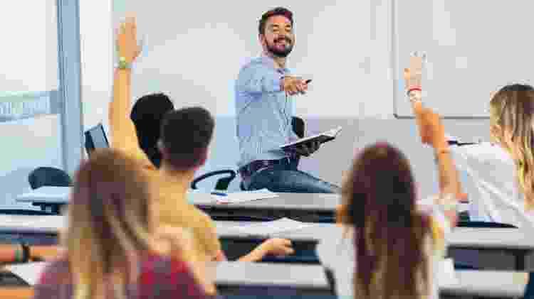 Alunos em sala de aula - iStock - iStock