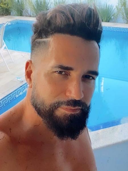 """Latino se tornou meme ao chamar Babu Santana de """"Tim Maia Brasileiro"""" - Reprodução/Instagram"""