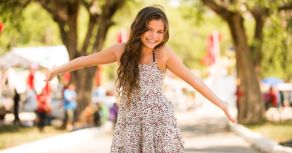 A atriz Luana Marquezine, irmã de Bruna Marquezine, durante as gravações de