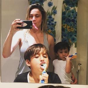 Fernanda Gentil com os filhos, Lucas e Gabriel