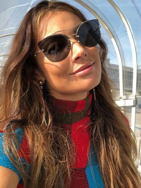 Patricia Poeta posa sem make no aeroporto - Reprodução/Instagram