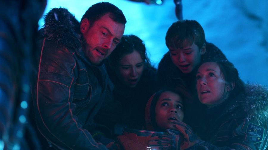 """Cena do remake de """"Perdidos no Espaço"""", da Netflix - Divulgação/Netflix"""