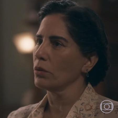 Lola de Éramos Seis após ver o marido embriagado outra vez - Reprodução / TV Globo