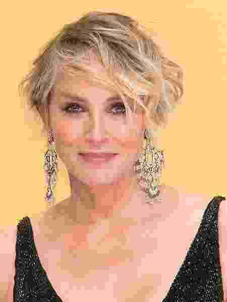 """A atriz Sharon Stone, estrela de filmes como """"Instinto Selvagem"""" - Taylor Hill/Getty Images"""