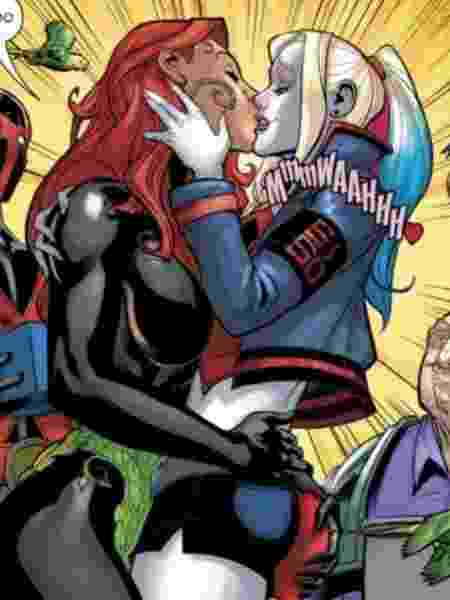 Poison ivy and harley quinn kiss in the comic books - Play