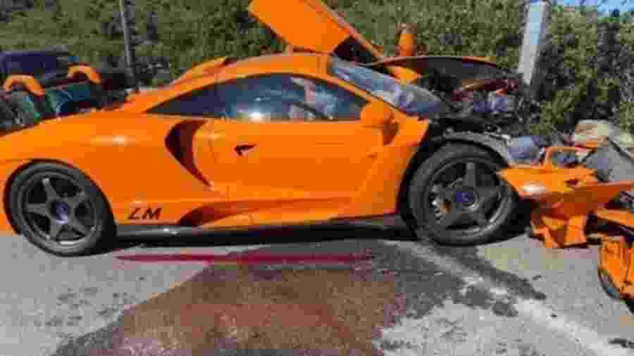 Acidente com McLaren Senna de Adrian Sutil no último fim de semana não foi o único caso de destruição do supercarro com produção limitada - Reprodução
